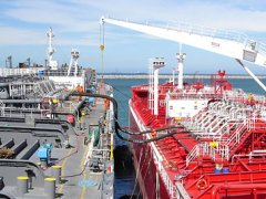 Images of Ship to Ship transfer - Gas Marine